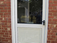 coloured-aluminium-windows-and-doors-00