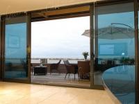 coloured-aluminium-windows-and-doors-08