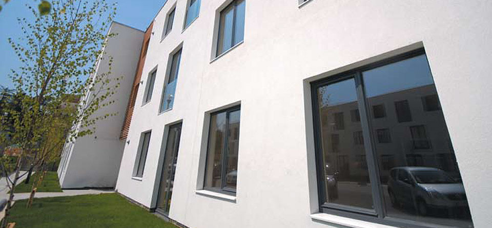 tilt-and-turn-aluminium-windows