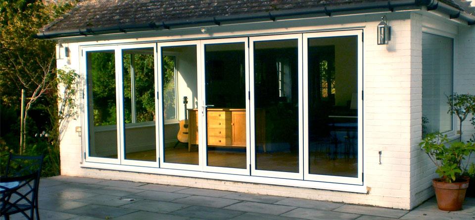 white-aluminium-multifold-doors-external