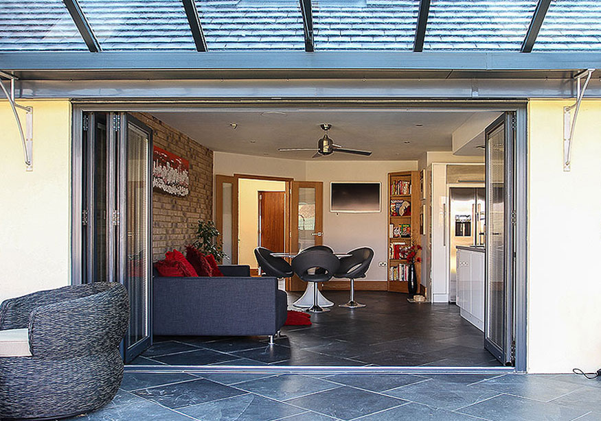 aluminium-multi-folding-doors
