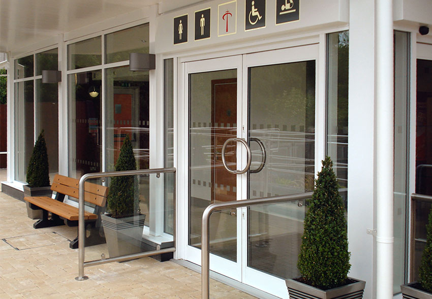 commercial-aluminium-entrances